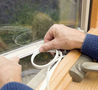 Замену фунрнитуры и уплотнителей на окнах ПВХ